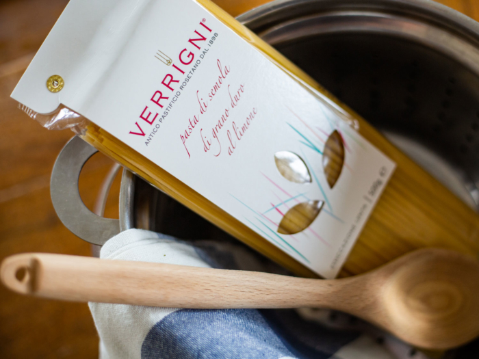 Verrigni Linguine al Limone is an artisanl Italian pasta brought to you by Heart of Abruzzo